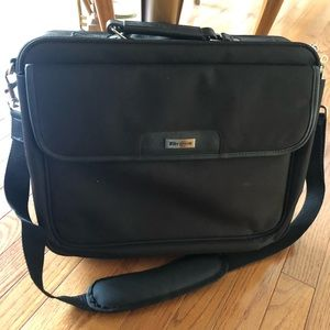 Targus black laptop bag - never used